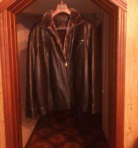 Куртка зимняя новая.кожа-зам