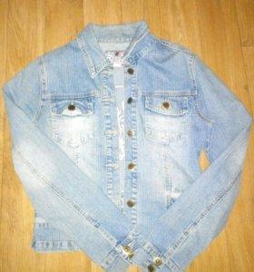 Джинсовая куртка р.44-46