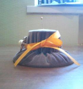 Шляпка игольница