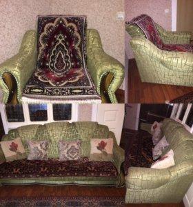 2кресла,и раскладной диванчик