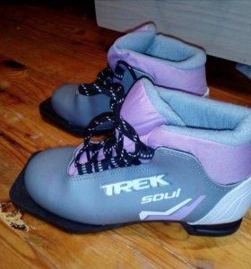 Продам ботинки для лыж