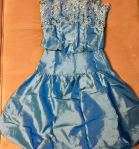 Комплект из корсета и юбки