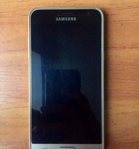 Продам Samsung Galaxy J3