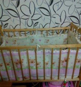 Детская кроватка и ортопедический матрац