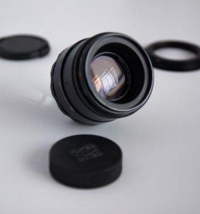 Гелиос 44-2 (объектив Helios) для Canon EOS.