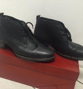 Новые кожаные полуботинки