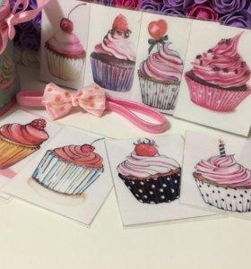 Декор ко дню рождения - карточки с пирожными