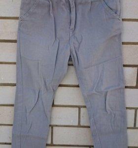 Джинсы, брюки Reserved