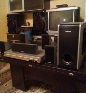 Домашний кинотеатр Samsung HT-UP30K
