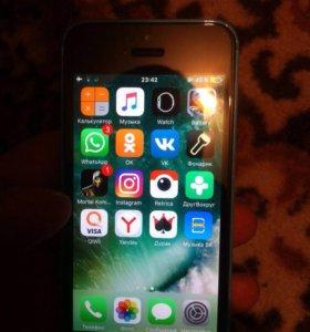 iPhone 5c 32гига и iPhone 5c 16 гиг