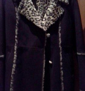 Куртка -дубленка зимняя.