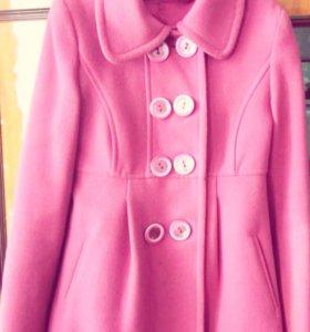 Пальто р 40-42