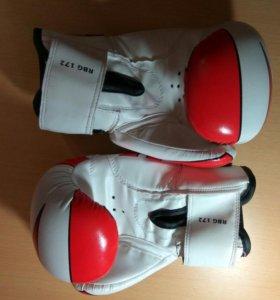 Перчатки и мешок для бокса