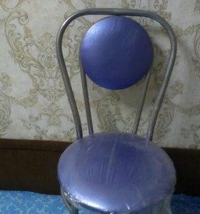 Один новый стул