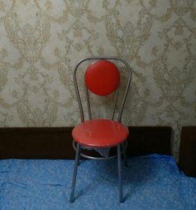 Новые стулья в упаковке , в наличии