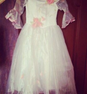 Платье на 7-9лет