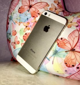 Apple iPhone 5S 64 Золотой