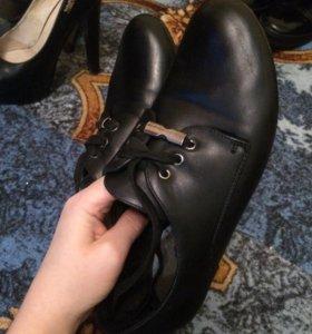 Обувь , ботиночки , слипоны , лоферы кроссовки