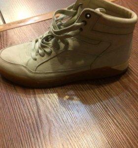 Обувь мужская,