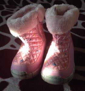 Детские зимние ботинки в отл состоянии