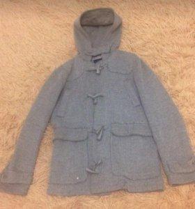 Легкое десткое пальто на 11-13 лет