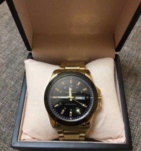 Часы брендовые в коробке Swiss