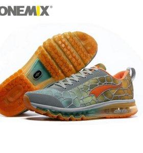 Кроссовки ONEMIX (Новые)
