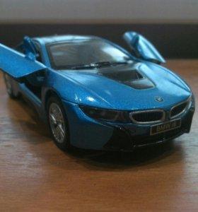 Отдам BMW i8