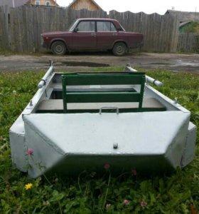 Лодка алюминевая
