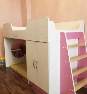 Кровать-чердак для девочки. Срочно! Снижена цена!