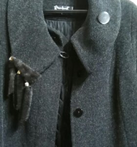 Пальто весна-осень 48—50 раз.