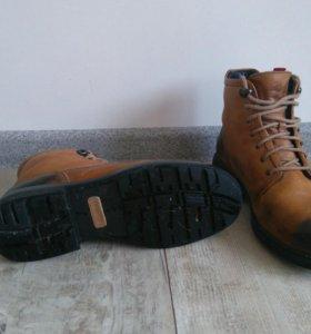 Ботинки унисекс 41р-р