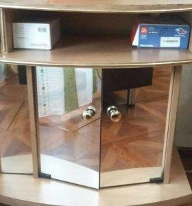 ТВ-тумба с зеркалами