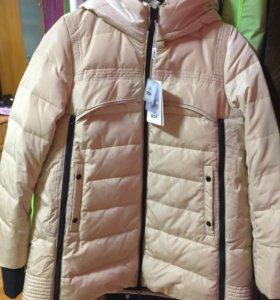 Куртка новая (пуховик)