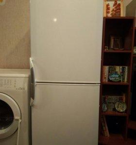 Холодильник Beko двухкамерный 160 см