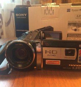 Видеокамера Sony HDR-PJ200E