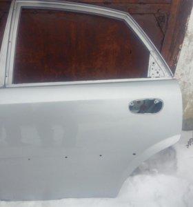 Chevrolet дверь задняя левая
