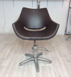Итальянское парикмахерское кресло beauty star