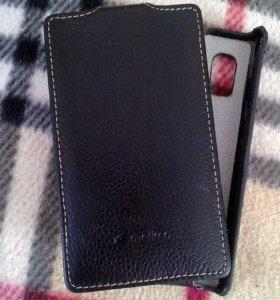 Телефон LG -E612 б/у с кож.чехлом