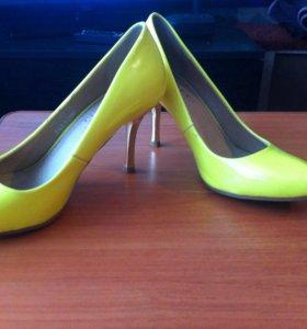 Туфли ,размер 37-38