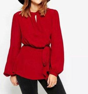 Нарядная красная блузка