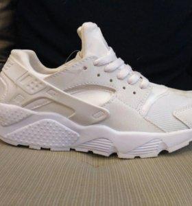 Nike Huarache белые новые женские арт 889