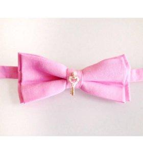 "Розовая галстук-бабочка с брошью ""Ключик"""