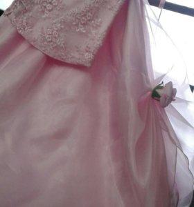 Платье праздничное 3-5 лет