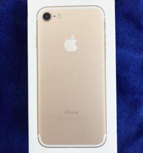 IPhone 7 на 32гб