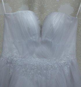 Короткое новое свадебное платье