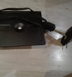 Подставка  кронштейн наст,под маленький телевизор!