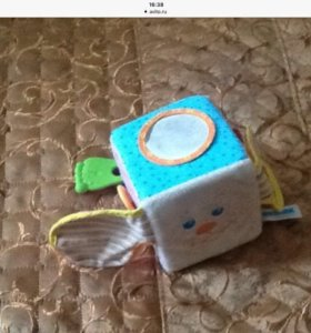 Развивающие игрушки, погремушки