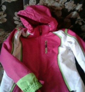 Куртка спортивная для девочки
