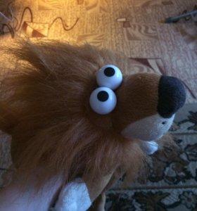 Лев игрушка